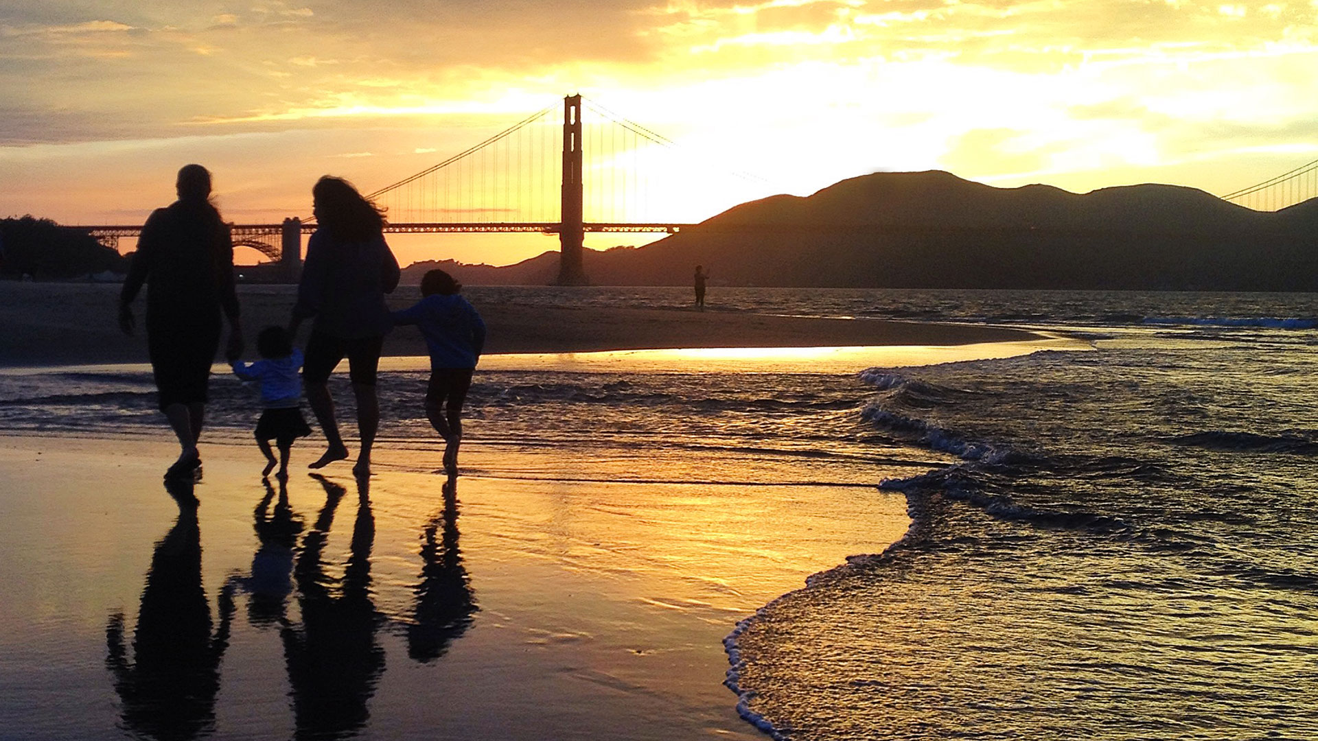 Crissy Field Beach At Sunset